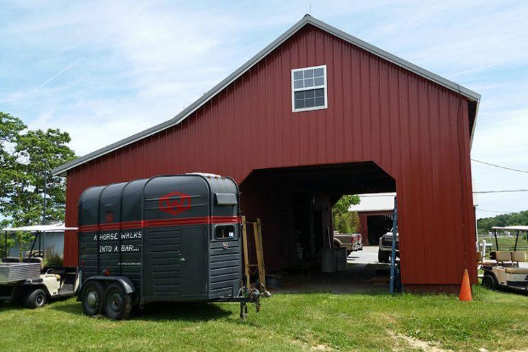 Barn Contractor Corn Crib